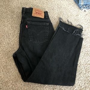 VTG Levi's 512 black ripped frayed jeans